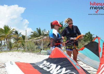 Kiteboarding-courses-el-cuyo