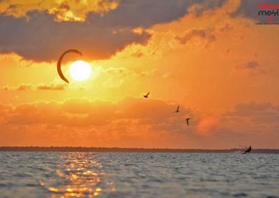 Sun-set-kiteboarding-isla-blanca