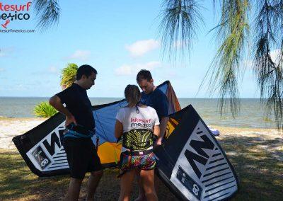 isla-blanca-kiteboarding-lesson