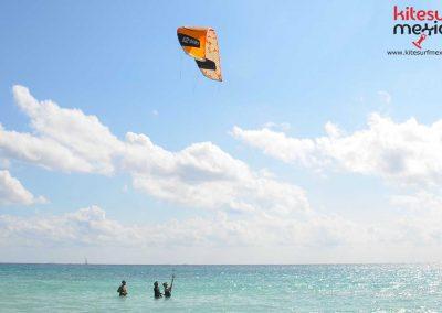 kite-lesson-cancun