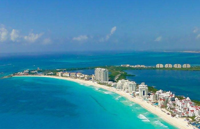 Cancun kiteboarding spot